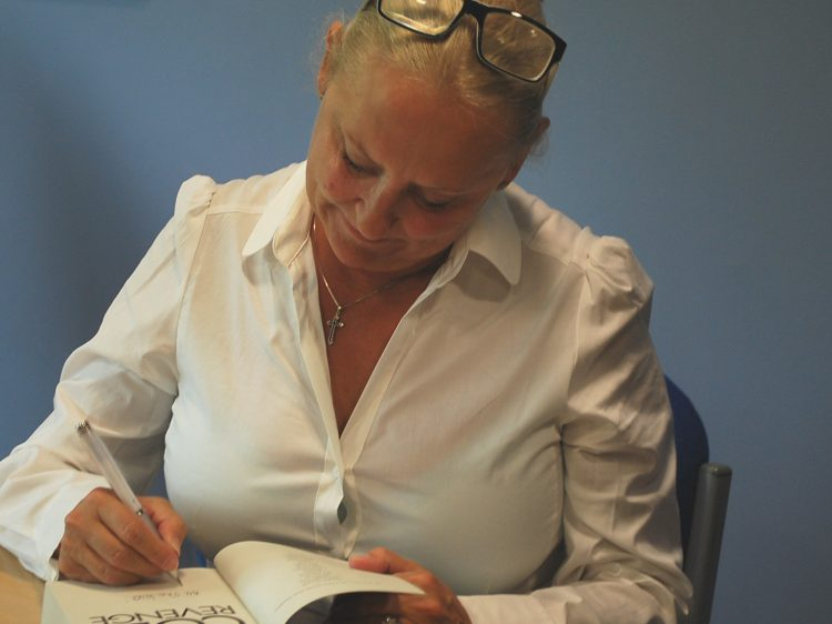 Picture of Martina Cole